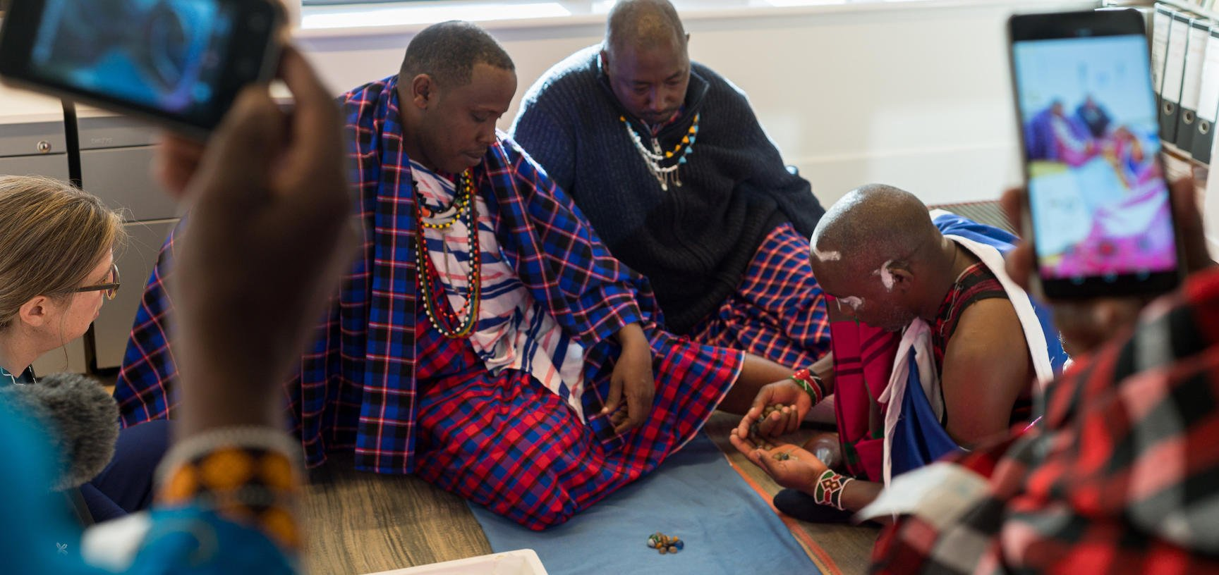The film captures a visit by the Maasai delegation to the Pitt Rivers Museum in January